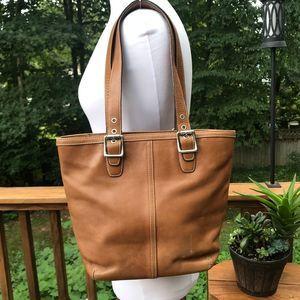 COACH Hamptons Tote Bag [9572]